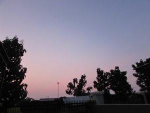 Pemandangan langit pagi