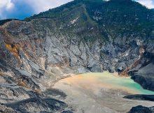 Cerita Dongeng Pendek Sangkuriang dan Asal Usul Gunung Tangkupan Perahu