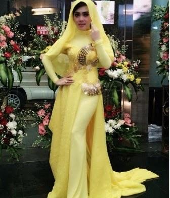 Contoh Model Baju Muslim Syahrini