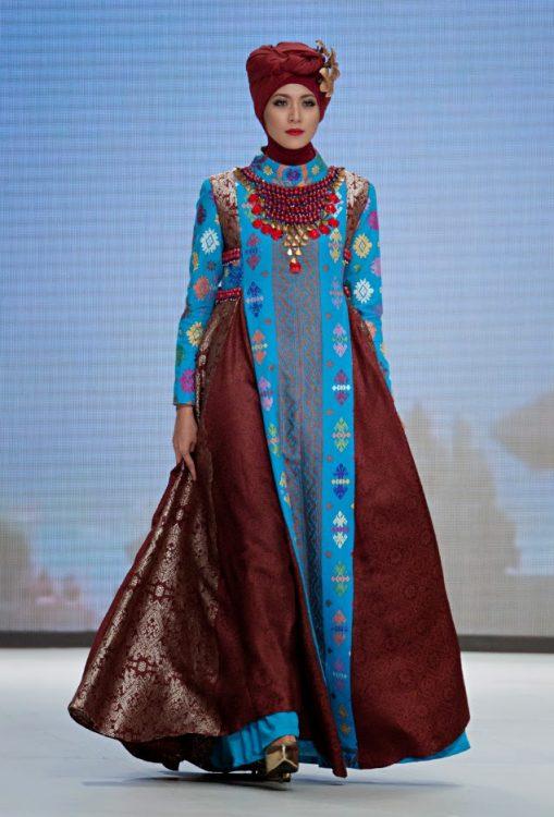 Contoh Trend Model Baju Muslim Dian Pelangi lebaran