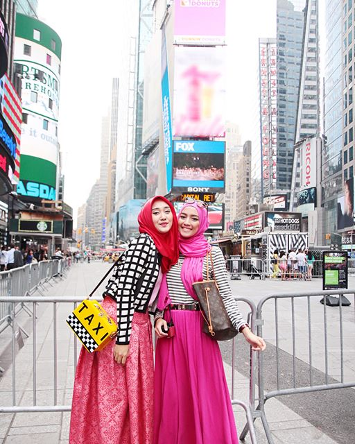 baju muslim lebaran dian pelangi terbaru