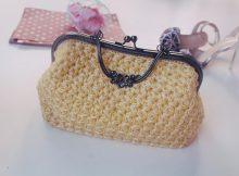 Kiat Tepat Rawat Clutch Bag Rajut