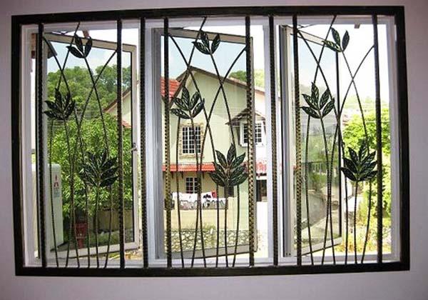 teralis-jendela-minimalis-dengan-motif-bunga